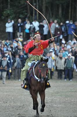 萩日吉神社やぶさめ2011