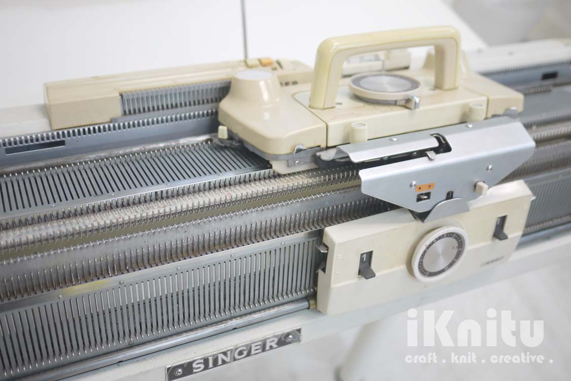 Knitting Machine Questions : Iknitu singer ribber bed knitting machine