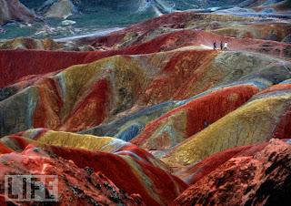 ....dari Detik tahun 2009 :: The Hills Run Red