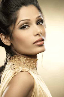 Freida Pinto ready to act in Bollywood