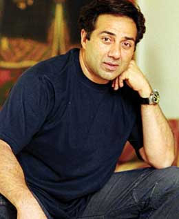 Sunny Deol's son joins acting school