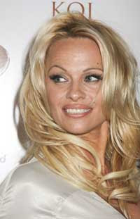 Pamela Anderson enters 'Bigg Boss 4' in Desi style
