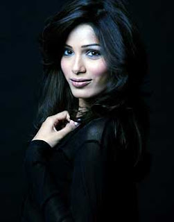 Slumdog Millionaire star Freida Pinto feels bollywood doesn't treat women like dolls