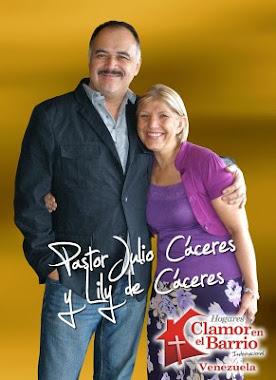 Pastor Julio Caceres y Esposa