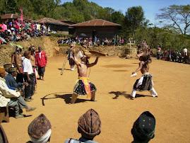 Caci(Salah satu Kebudayaan Asli Manggarai)
