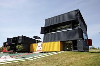 La segunda planta vivir en una casa contenedor - Casas contenedor espana ...