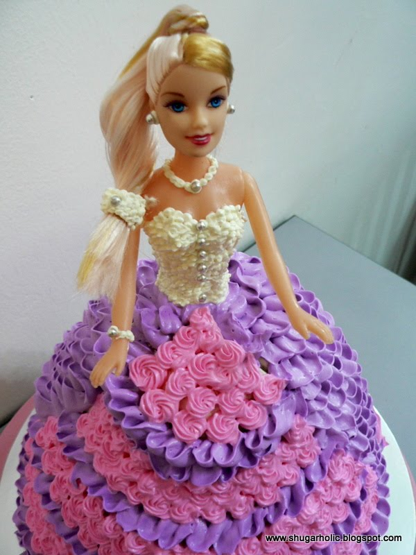 Doll Cake Images With Name : Shugarholic: barbie doll cake
