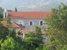 Ενοριακος ναος Αραχαμιτων