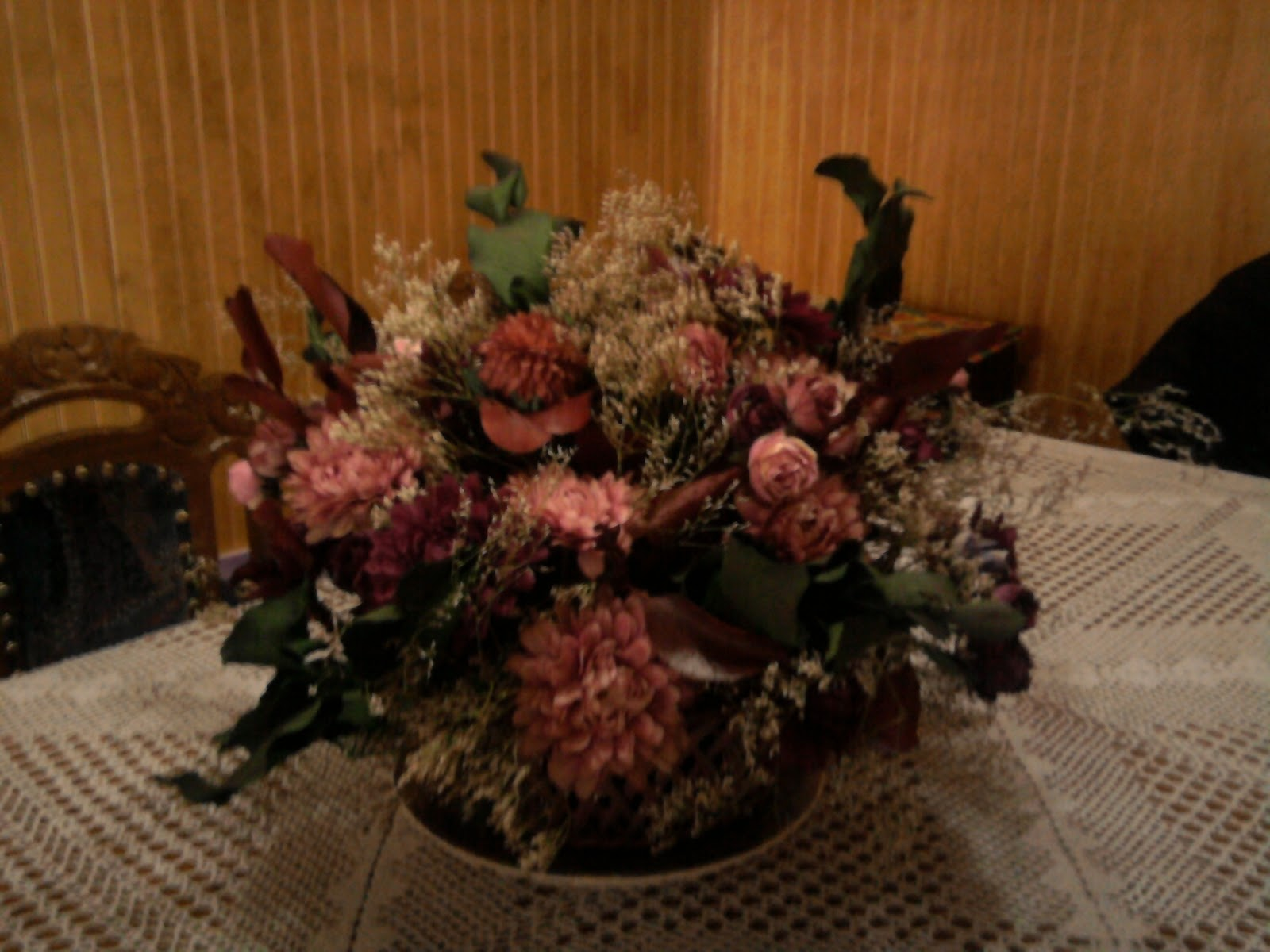 Flores artificiales y en seco manualidades de nina for Centros de mesa artificiales