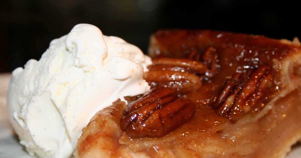 Pastry Heaven: Upside Down Apple Pecan Pie