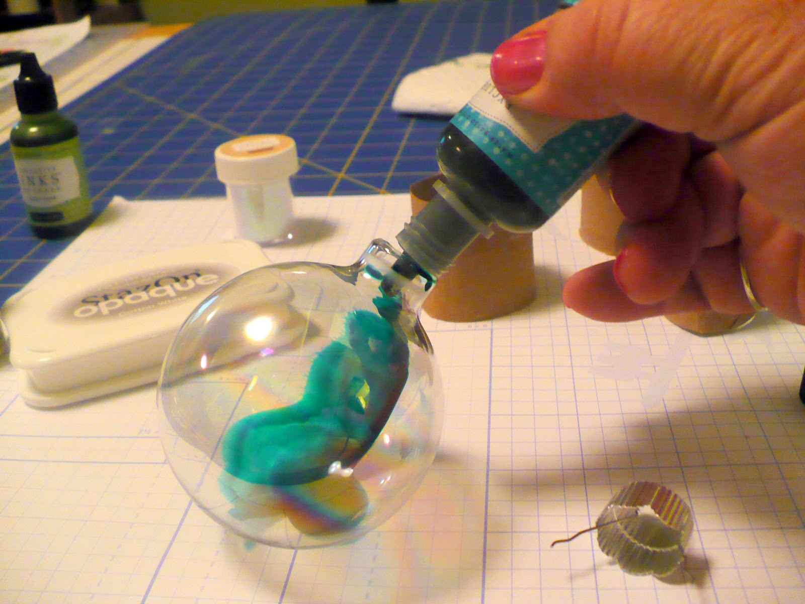 Dudleychick designs how to make your own glitter How to make your own ornament