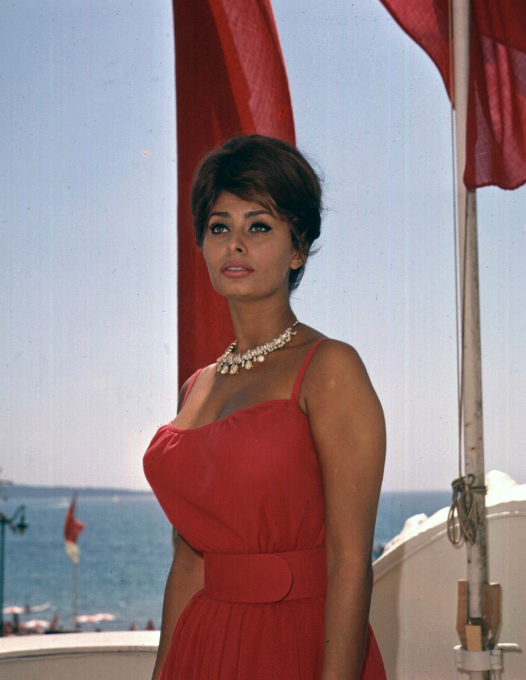 Sophia Loren Pirelli Calendar Wallpapers