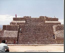 Monto Albano en Meksiko