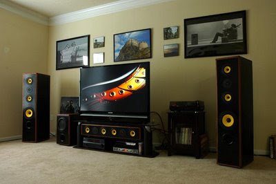 HiVi Loudspeakers Subwoofer and Center Channel