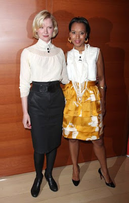 Photo of Gretchen Mol & her friend actress  Kerry Washington - New York