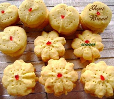 Cookie press shortbread