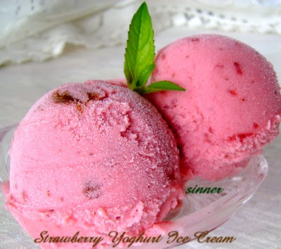 Strawberry Yoghurt Ice Cream