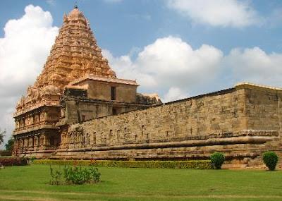 http://2.bp.blogspot.com/_Za3-ZDfiOMs/SKKaAt2D--I/AAAAAAAABs4/J_i_7deoPko/s400/rsinsouth-indian-temple-complex-tamil-nadu0000235010_resized.JPG
