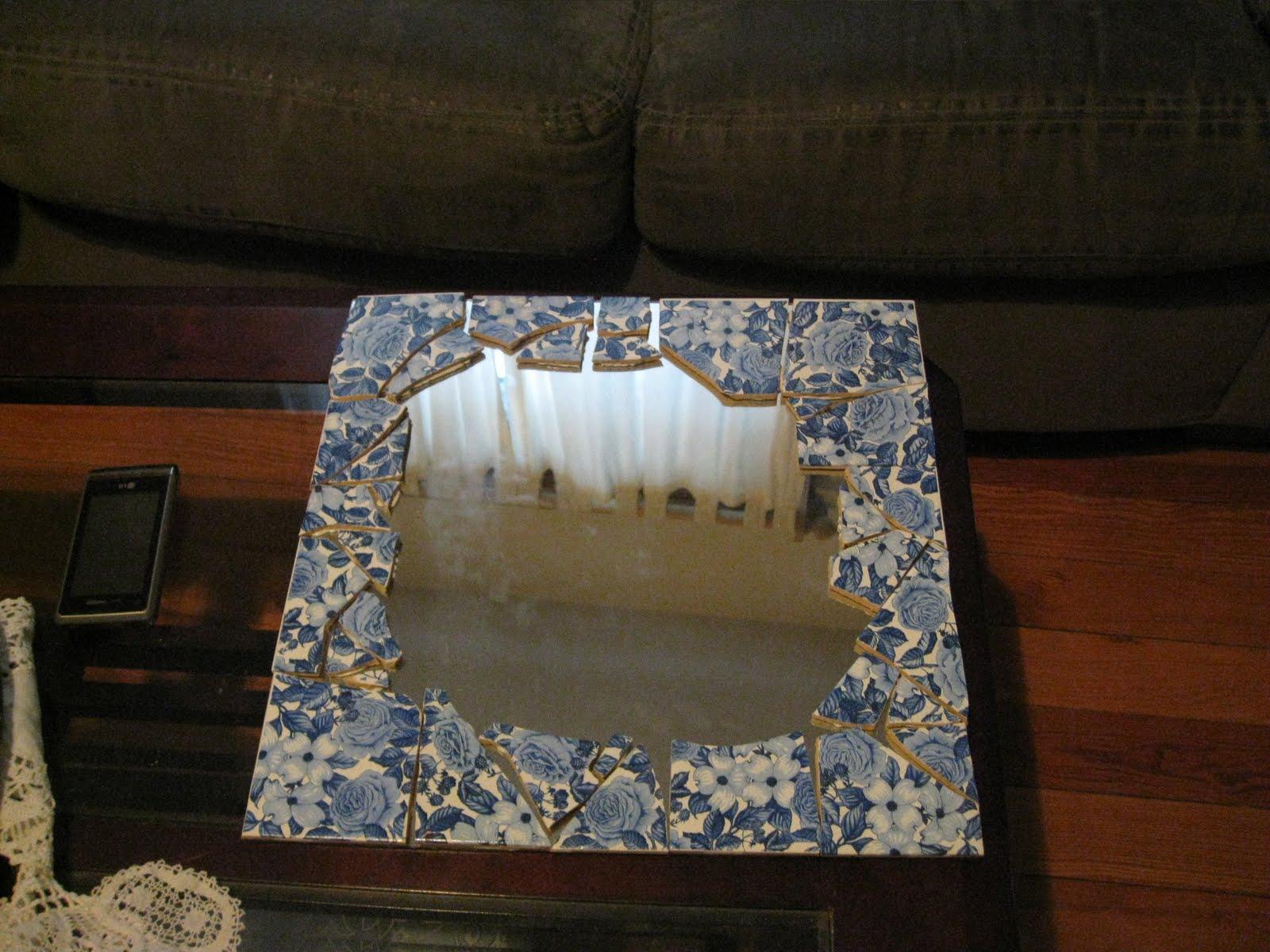 Diy Mosaic Tile Bathroom Mirror: Weekend Charm: DIY Mosaic Tile On A Mirror