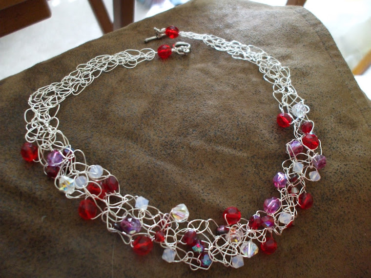 Crochet & Craft: NEW SILVER WIRE NECKLACE FROM WIRE DESIGN
