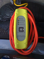 Mini-E field trial 110-volt charging cable standard gear Mini-E pioneers battery charger Clipper Creek