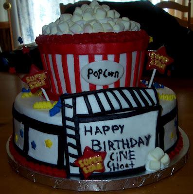 CineShoot 1 Yaşında! Pastanız içeride!