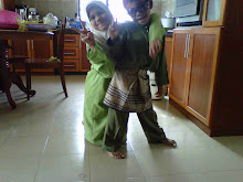 lil sis fathihah , lil bro nasrul :D