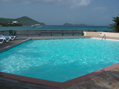 Ocean level pool