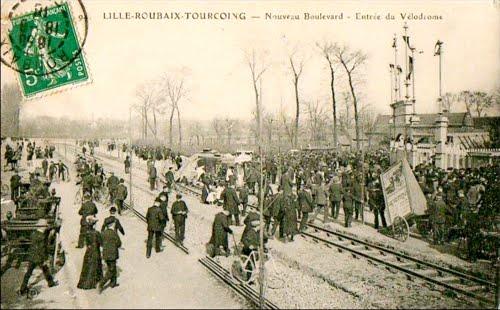 L'entrée du vélodrome en 1911