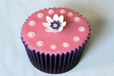 Chocolate cupcake rose fondant icing