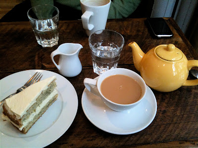 Fleet River Bakery Holborn lemon poppy seed cake tea