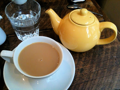 Fleet River Bakery Holborn tea teapot
