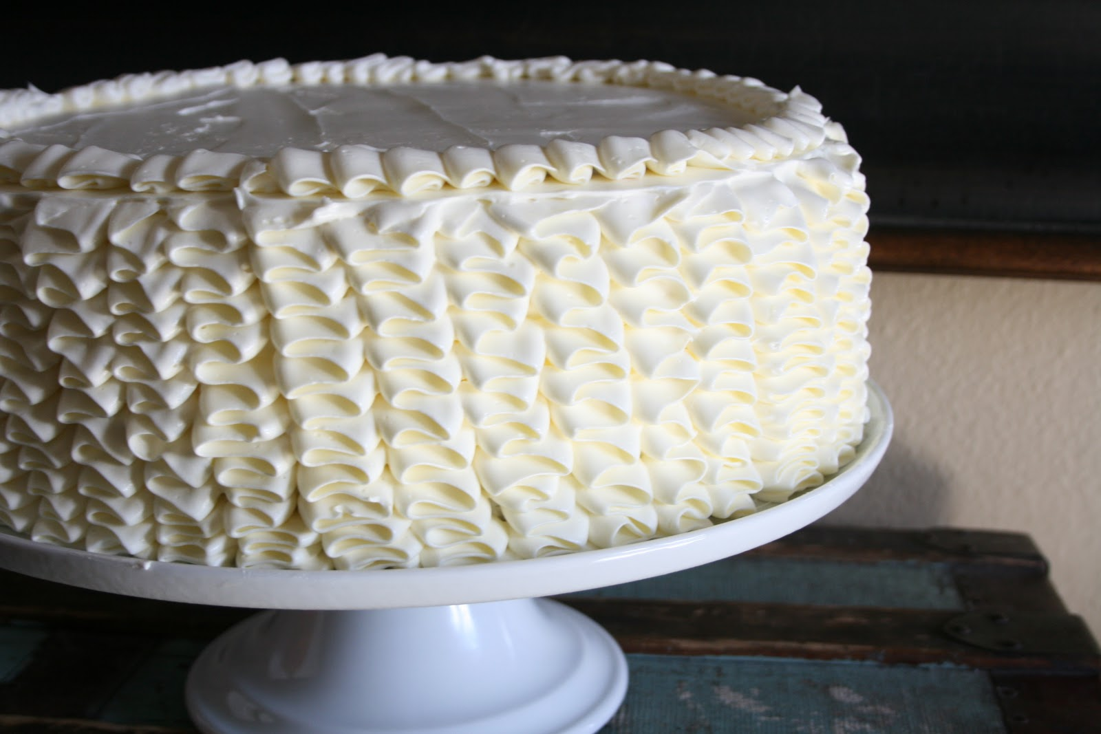 Cake Decorating Zig Zag : Ruffle Cake