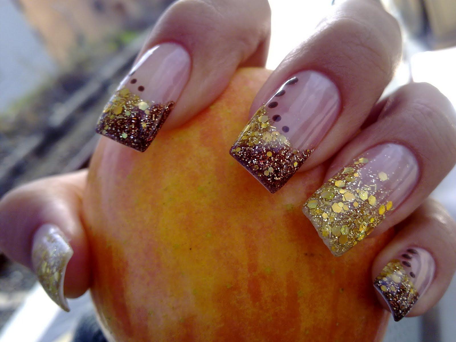 Decoración de uñas pintadas instrucción con diseños de