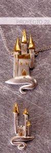 Proyecto22 Colgante de castillo chapado en oro   Colgante castillo chapado en oro