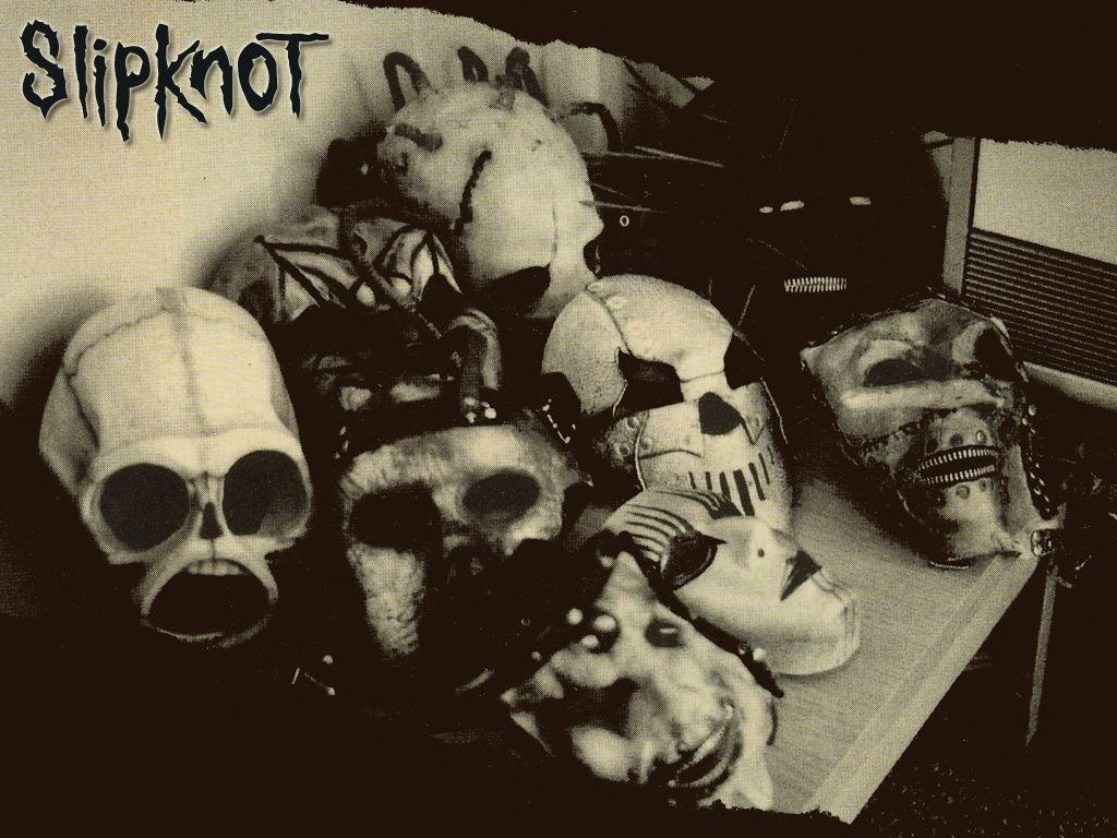 http://2.bp.blogspot.com/_ZlIcB6GgdEE/TOH8JWiPffI/AAAAAAAAABQ/yZ3_7I8OTi0/s1600/Slipknot-Wallpaper.jpg