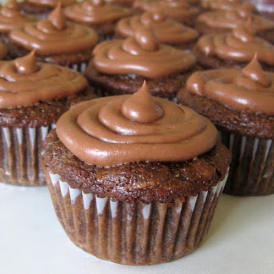 Chocolate Zucchini Cupcakes with Chocolate Cream Cheese Frosting ...