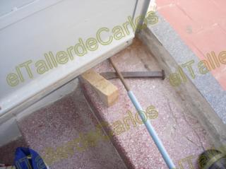 Eltallerdecarlos reparar puerta met lica que roza puerta atascada c mo ajustar puerta de hierro - Como ajustar una puerta de madera ...