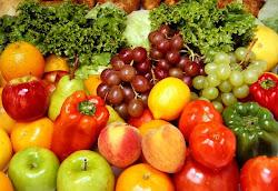 ดีท๊อกซ์ผลไม้ ช่วยให้ล้างสารพิษและสิ่งแปลกปลอมในลำไส้ ให้ออกมาพร้อมกับอุจจาระ โล่ง สบาย สุขภาพดี