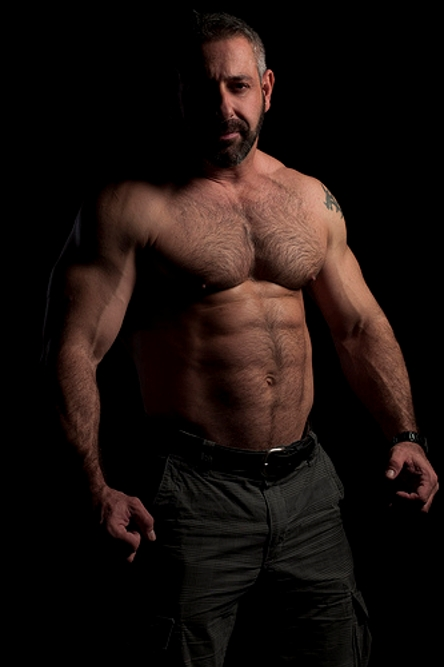 Muscle-Daddy-and-Hairy-Muscular-Men-1-006.jpg