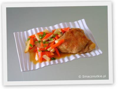 Kurczak duszony z warzywami - nieco inny za każdym razem