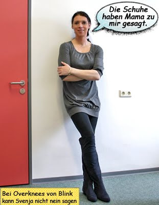 Svenja im Minikleid Minirock mit Overknees und Strumpfhosen