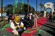Everybody Loves Universal Studios Hollywood! (studios hollywood solar powered electric cart shrek mummy)