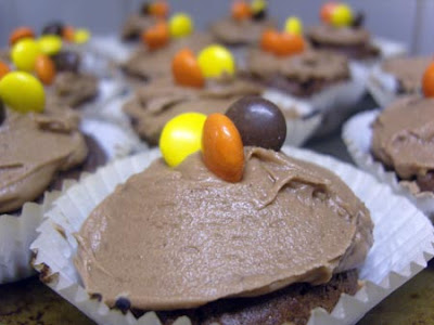 Peanut Butter & Chocolate Cupcakes