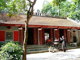 Voi Phuc Temple