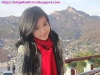 Elly Tran Ha / Elly Kim Hong / Elly Bồ Công Anh in South Korea
