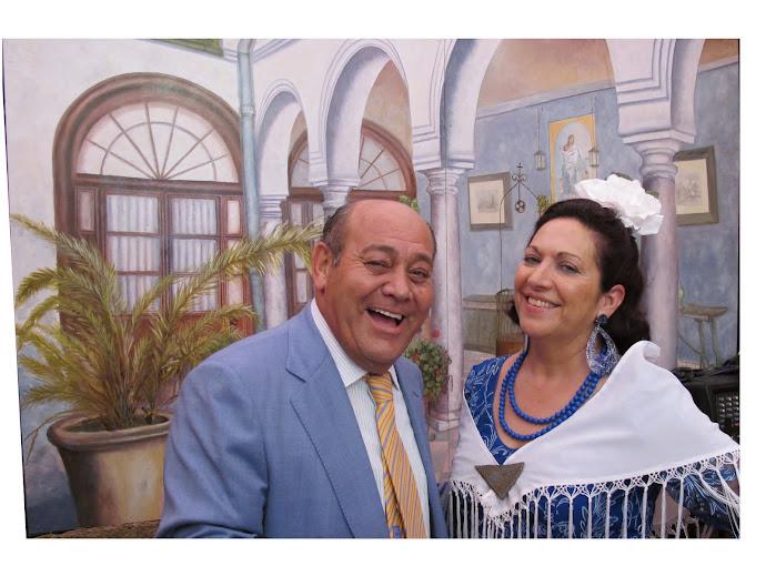 """Eduardo y Chelo en la Feria de Abril de Sevilla en la caseta de """"los amigos de la caña"""""""