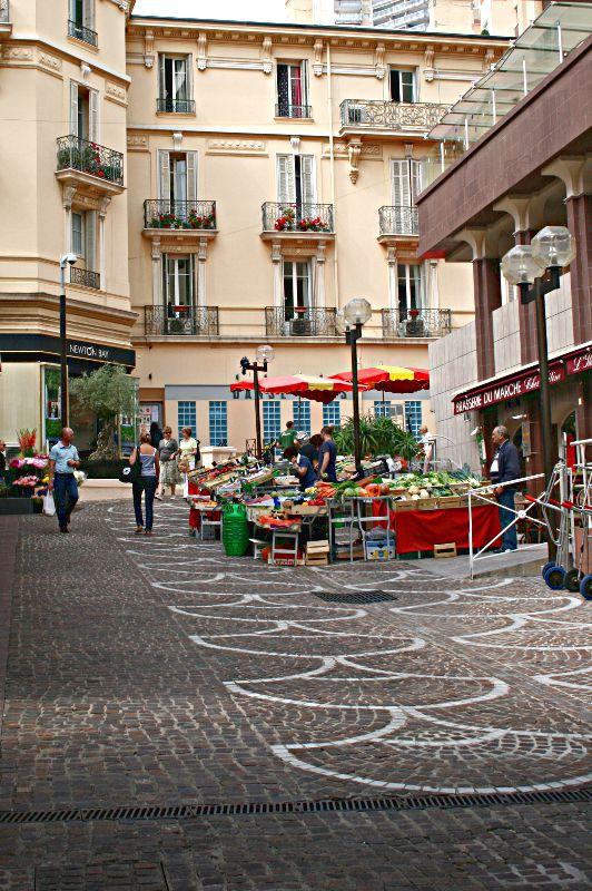 market stall in Beausoleil behind Monaco