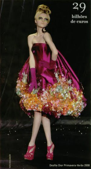 Lançamento Internacional - Grife desfila na semana de moda de Paris
