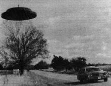 típico platillo volador en la época de oro del fenómeno
